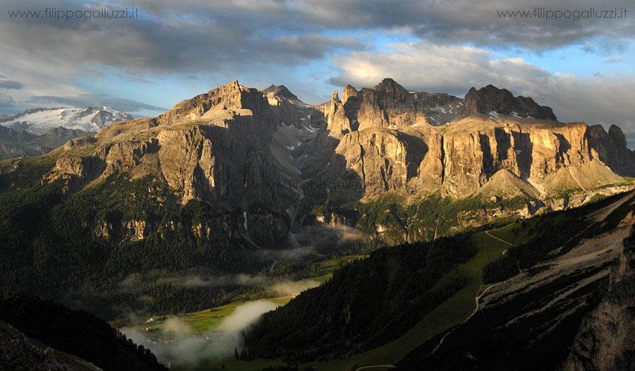 Dolomiti,vista sulla meravigliosa val di Mezdi nel Gruppo di Sella