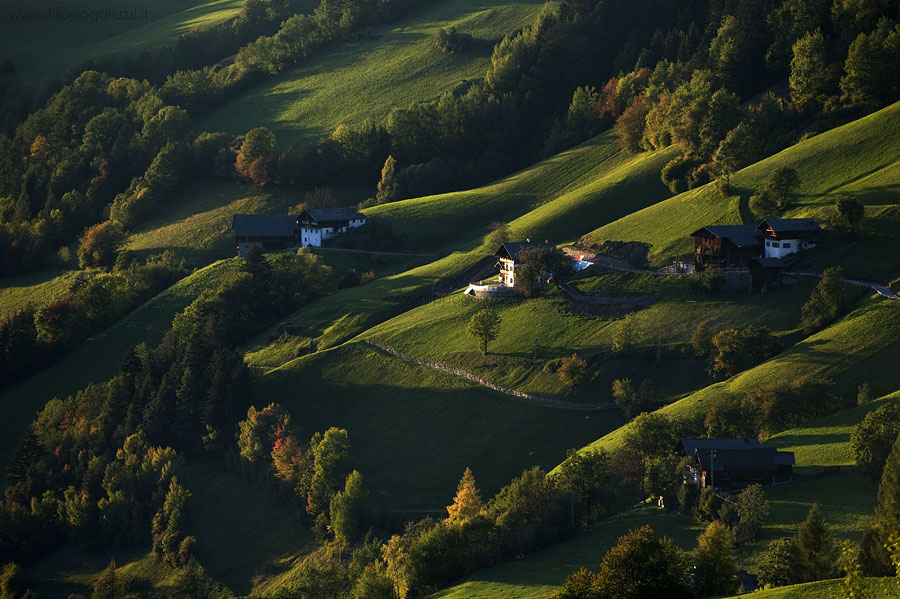 Val Di Funes d'autunno, masi