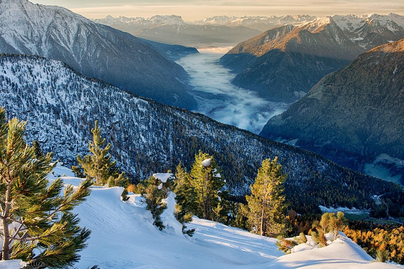 Alto adige, Valli di Tures e Aurina, alba nebbiosa