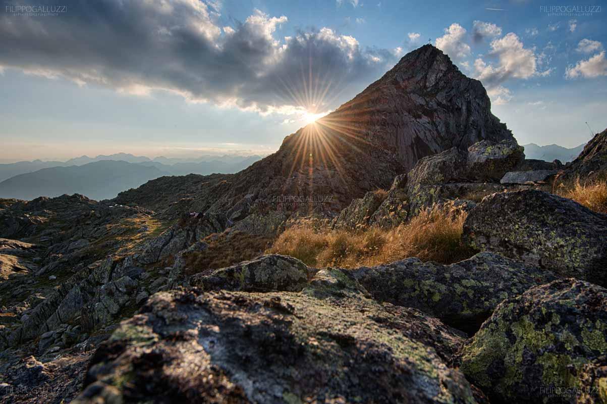 Il sole tramonta dietro al monte Rauchkofel, Valle Aurina