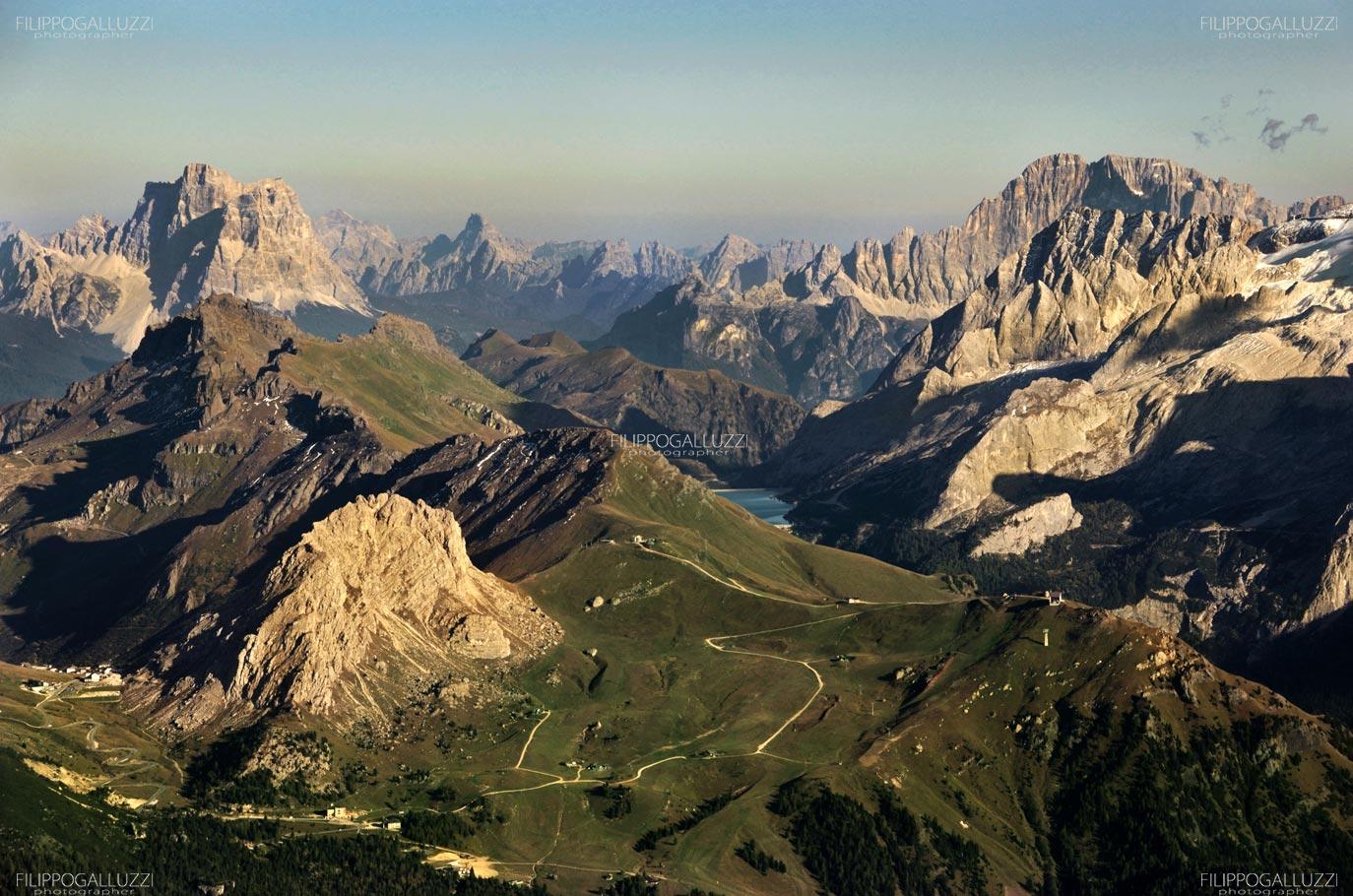 Dolomiti, Val di Fassa, fotografia aerea