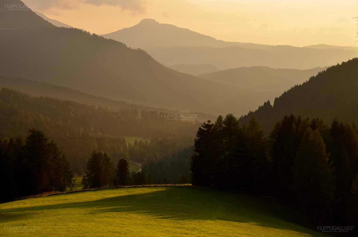 Trentino Alto Adige, tramonto al passo di Costalunga