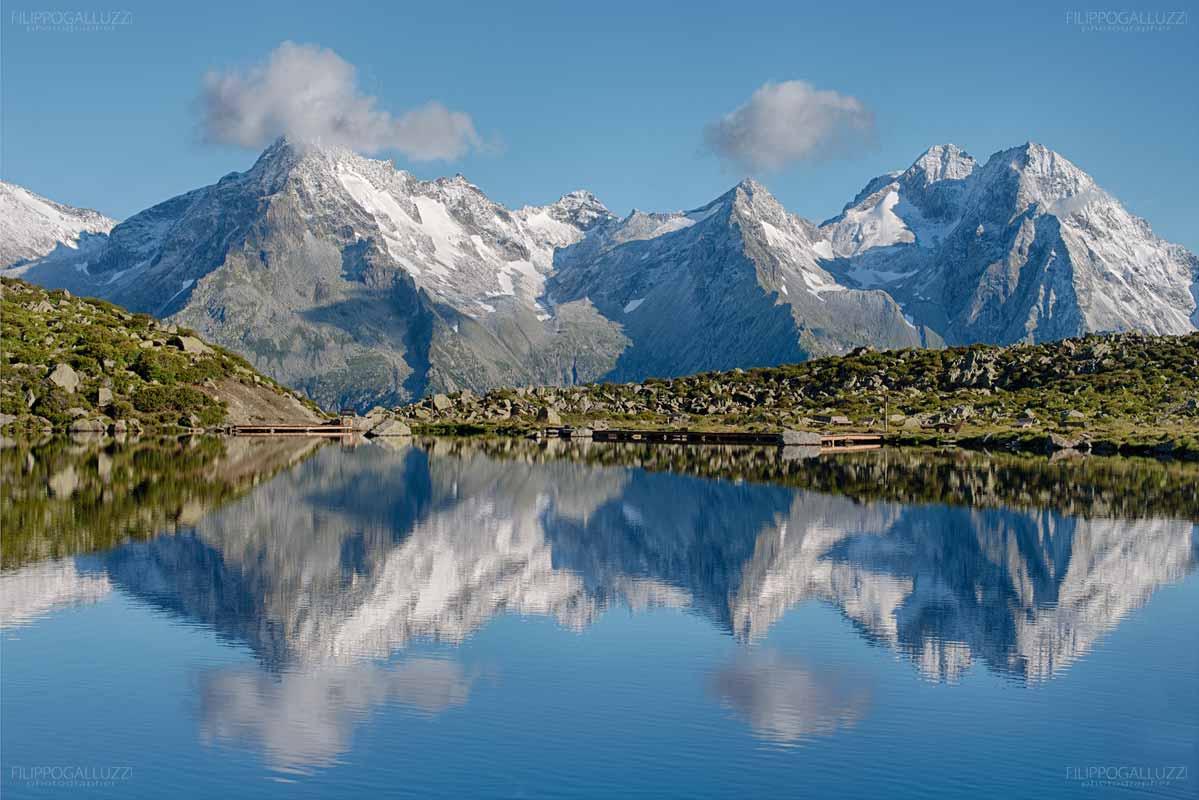Le Alpi Aurina si specchiano nel laghetto Klaussee