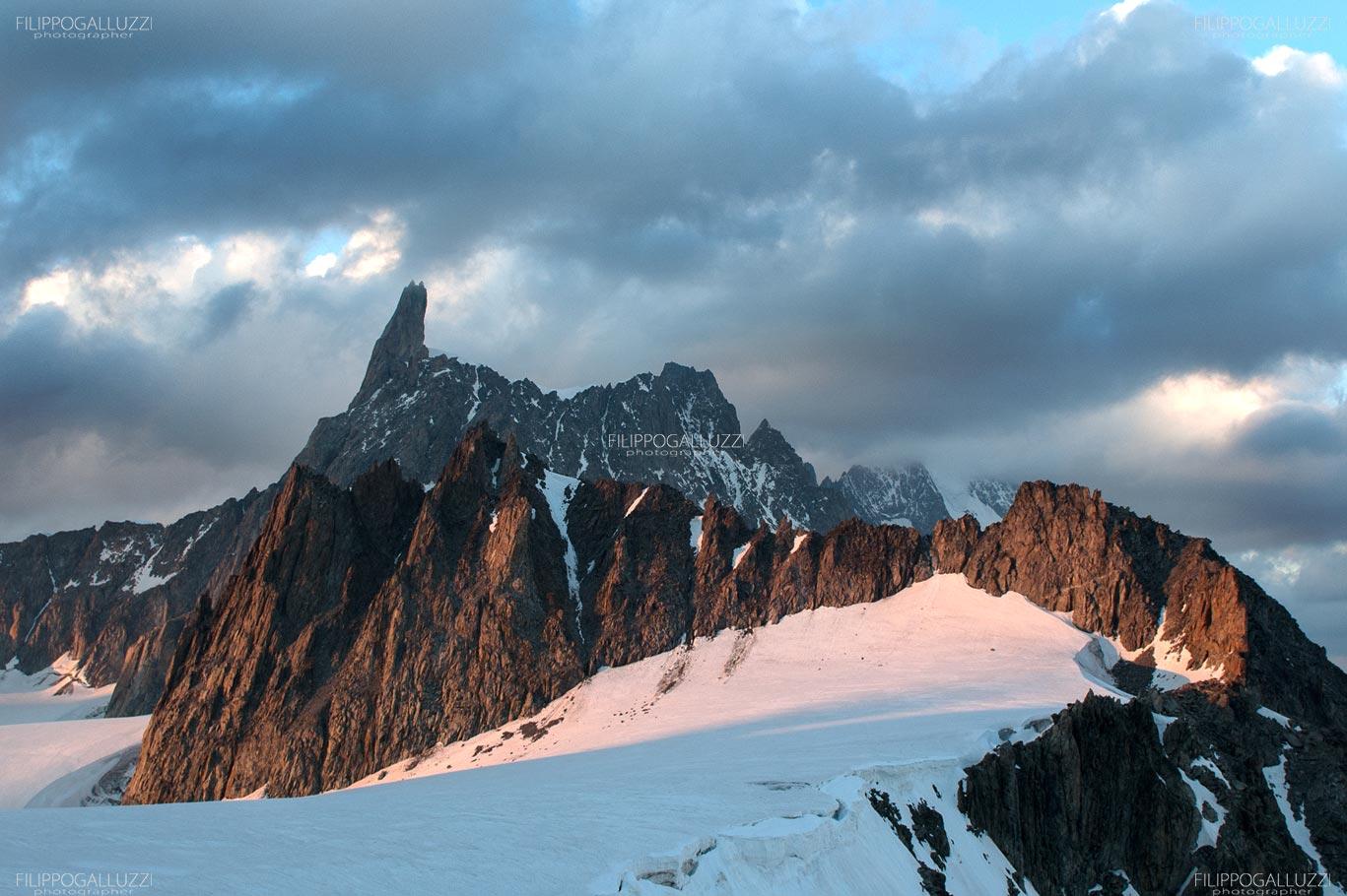 Monte Bianco, tramonto sul dente del gigante