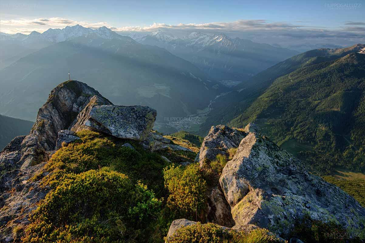 Alba sulla Valle Aurina dal monte schoenberg