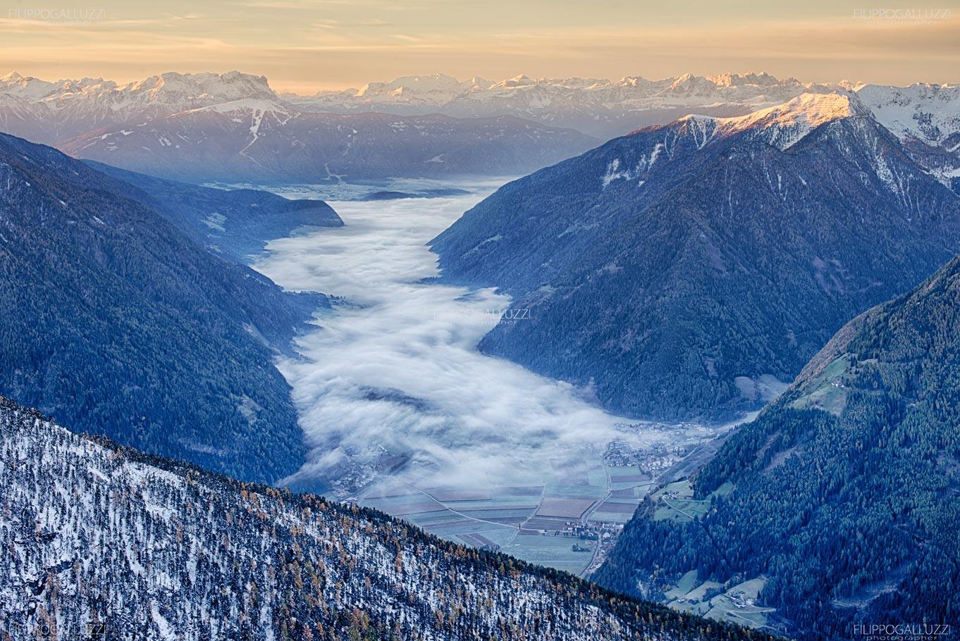 Nubi basse lungo la Valle Aurina, Alto Adige