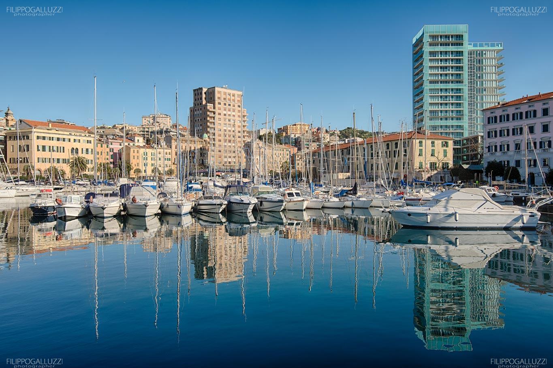 Liguria, porto di Savona