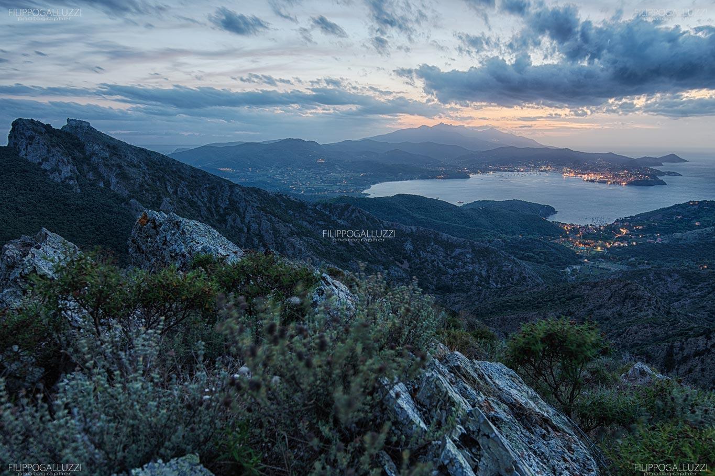 Elba, vista notturna dal Volterraio