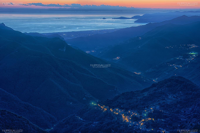 Alpi Apuane, tramonto sulla Versilia
