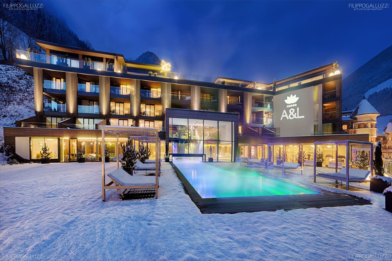 Fotografia Hotel Wellnes exterior Alpenschloessl & Linderhof Ahrntal