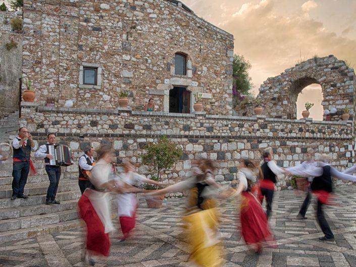 Sicilia, folklore